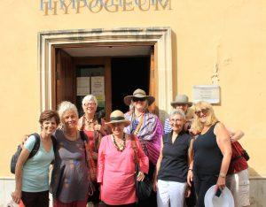 tour_group